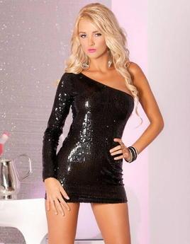 Платье с пайетками черное